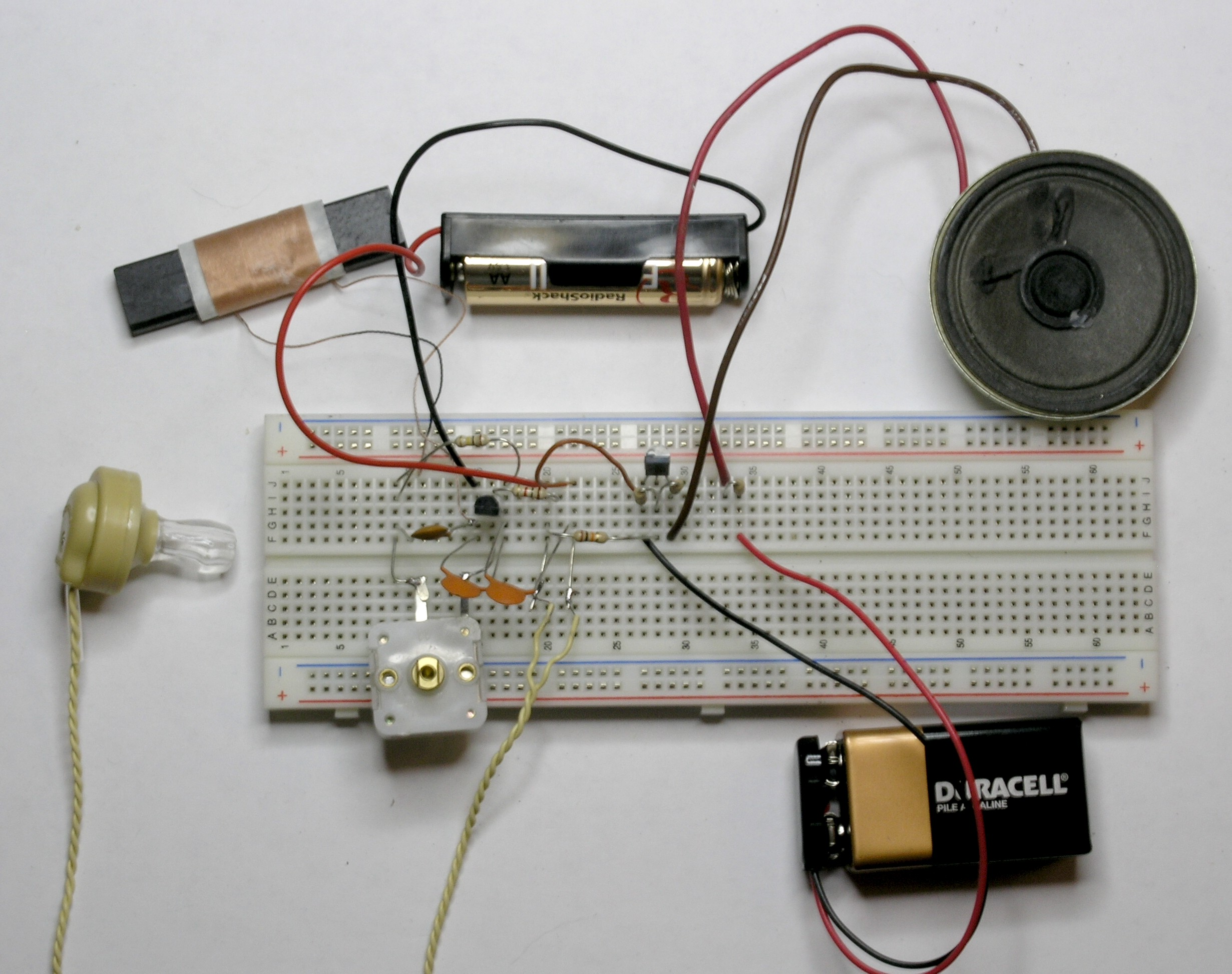A simple 1 watt audio amplifier | Science Toys on